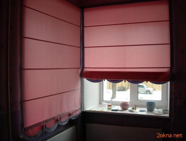 Красная римская штора на кухню - фото