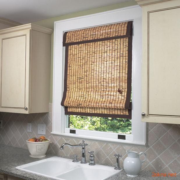Бамбуковая римская штора на кухню - фото