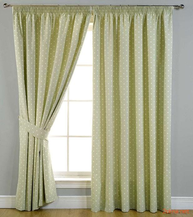 Фото - зеленые шторы блэкаут в горошек