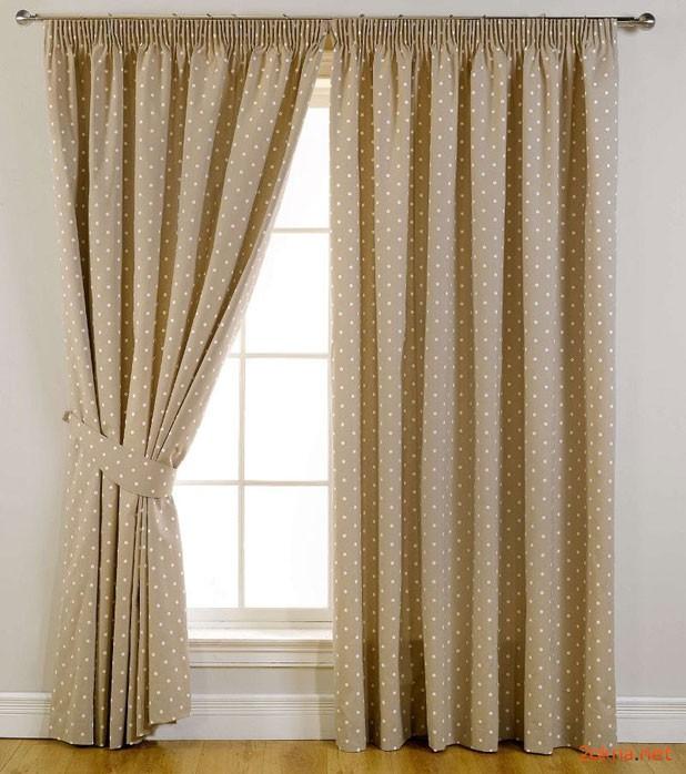 Фото - коричневые шторы блэкаут в горошек