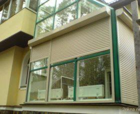 Ролеты на пластиковые окна на балкон