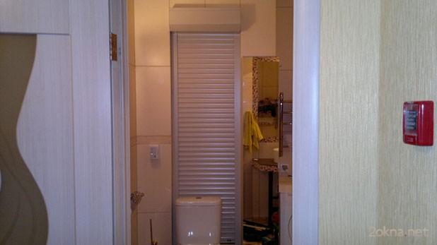 Сантехнические рольставни для туалета - фото