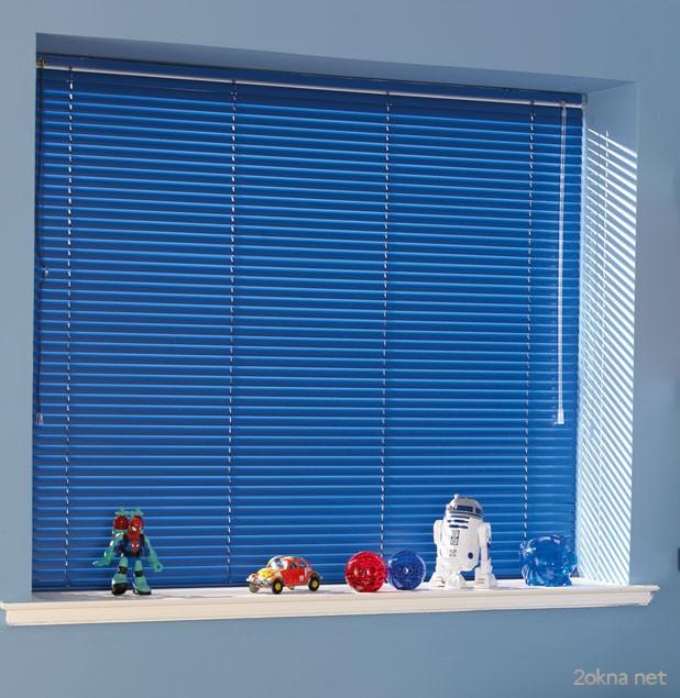 Пластиковые жалюзи на пластиковые окна
