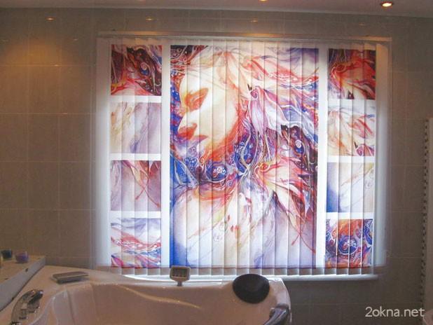 Вертикальные жалюзи с фотопечатью в ванной