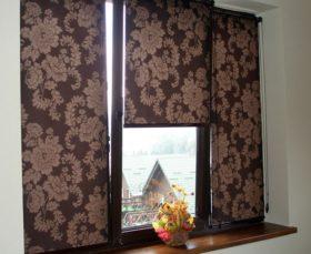 Тканевые рулонные жалюзи на пластиковые окна мини