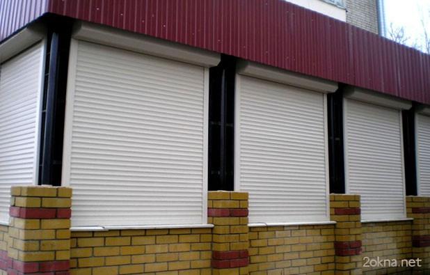 Защитные уличные рольставни на окна