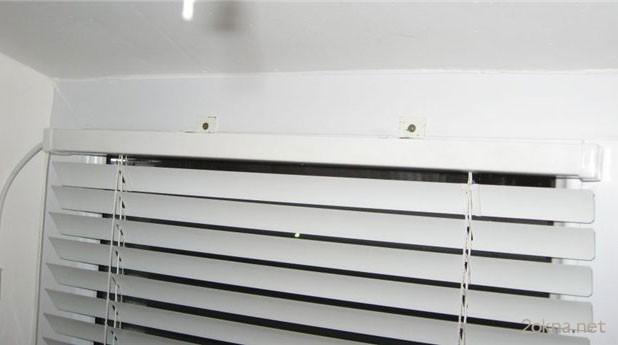 Крепление жалюзи на пластиковые окна со сверлением