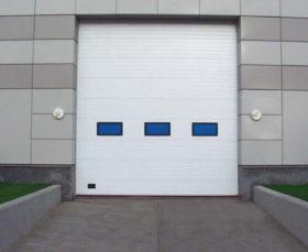 Подъемно-секционные промышленные ворота